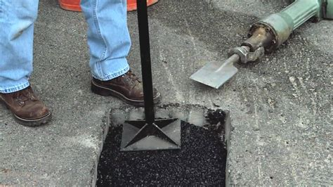 How to Make Permanent Pothole Repairs with QUIKRETE® - YouTube