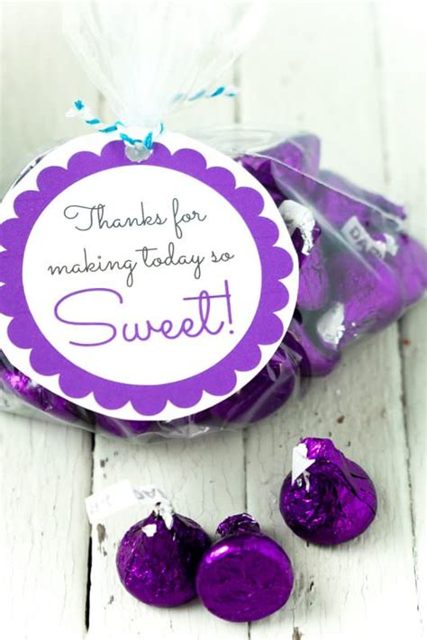 Free Printable Baby Shower Favor Tags in 20+ Colors - Play
