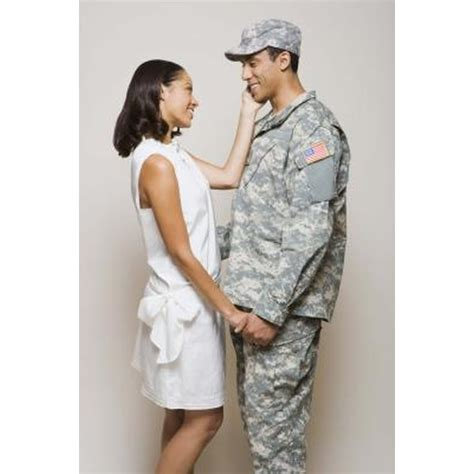 Things to Talk About With a Boyfriend in the Army | Synonym
