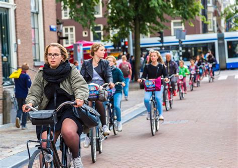 Cities open streets to bicycles, pedestrians during COVID-19