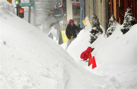 New England feels under weather after record snowfall