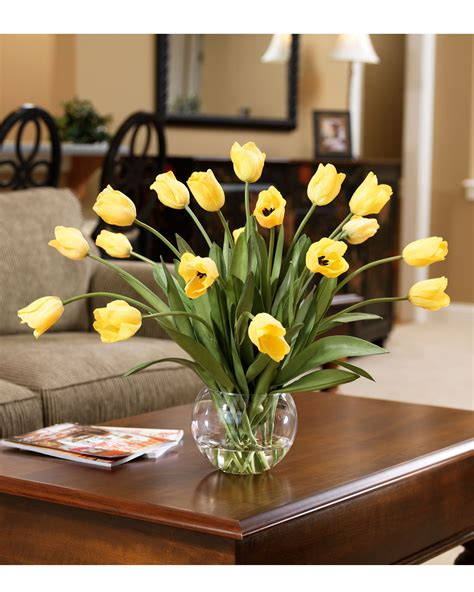Quick and Easy Decorating with Abundance of Tulips Silk
