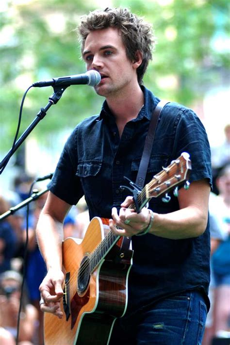 Tyler Hilton Age, Weight, Height, Measurements - Celebrity