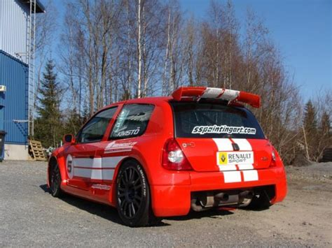 Renault Clio V6 Trophy | Race Cars for sale at Raced