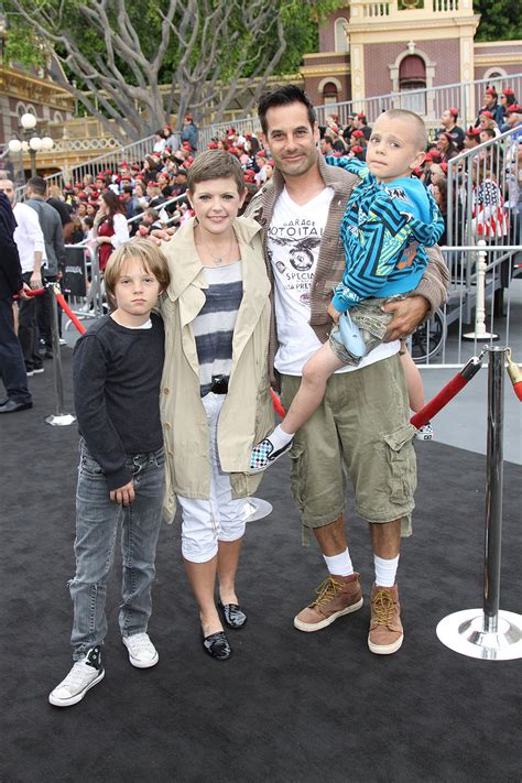 Adrian Pasdar, wife Natalie Maines and family at the World