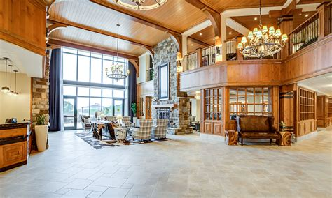 The-Lodge-5-Lobby | The Lakes at Stillwater