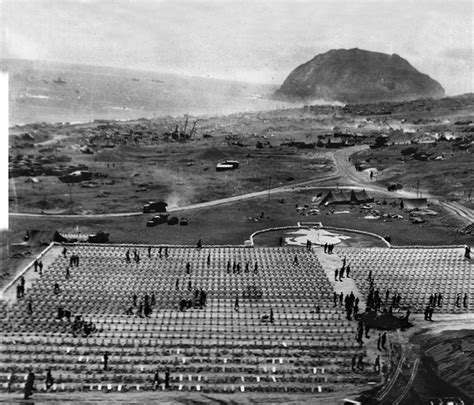 A Navy Chaplain on Iwo Jima: Doing God's Work in Hell