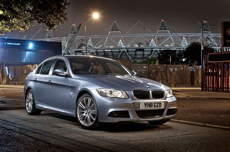BMW 318 2012: Review, Amazing Pictures and Images – Look