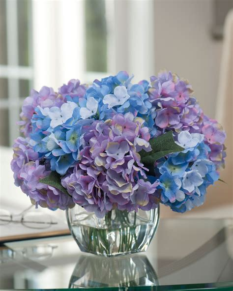 Easily Decorate with Hydrangea Silk Flower Centerpiece at