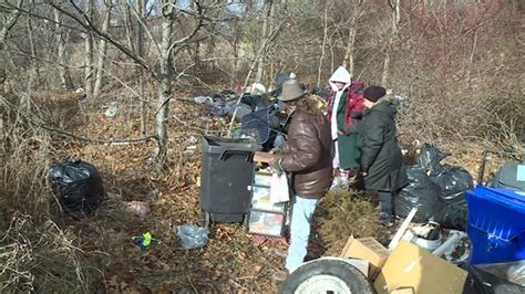 After shutdown of New Haven homeless camp, advocates work